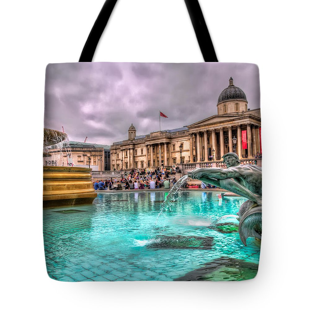 Tim Stanley Tote Bag featuring the photograph The National Gallery In Trafalgar Square by Tim Stanley