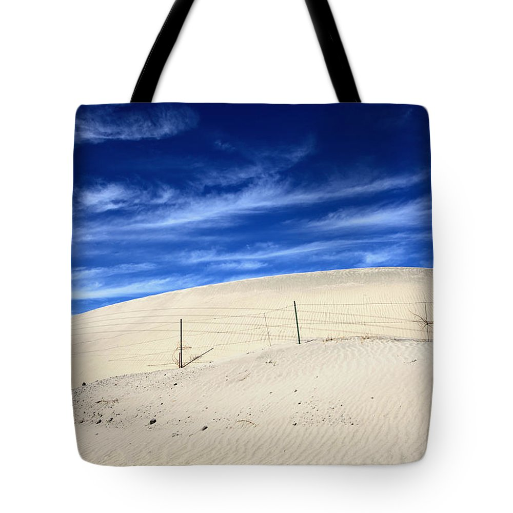 Palm Desert Tote Bag featuring the photograph The Overtaking by Laurie Search