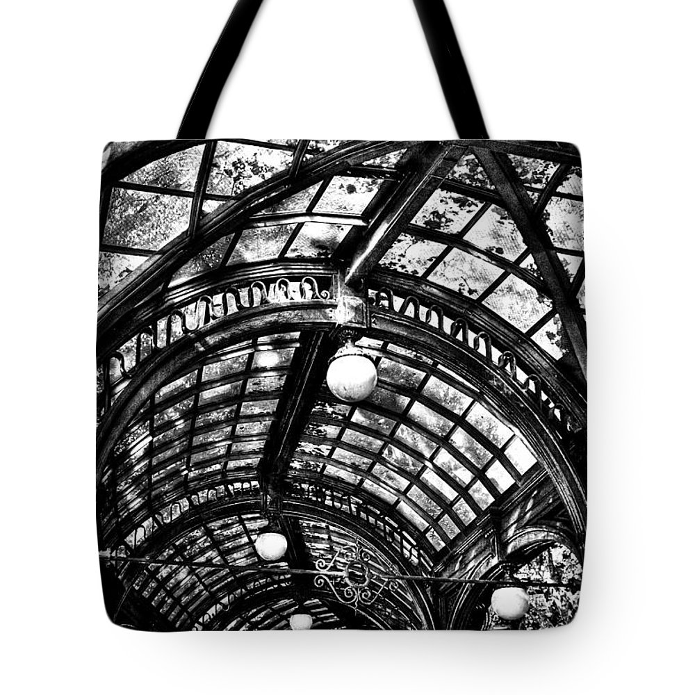 Black And White Tote Bag featuring the photograph The Pergola Ceiling by David Patterson