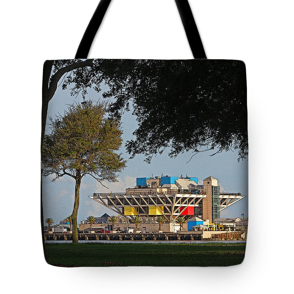 Hh Photography Of Florida Tote Bag featuring the photograph The Pier - St. Petersburg Fl by HH Photography of Florida