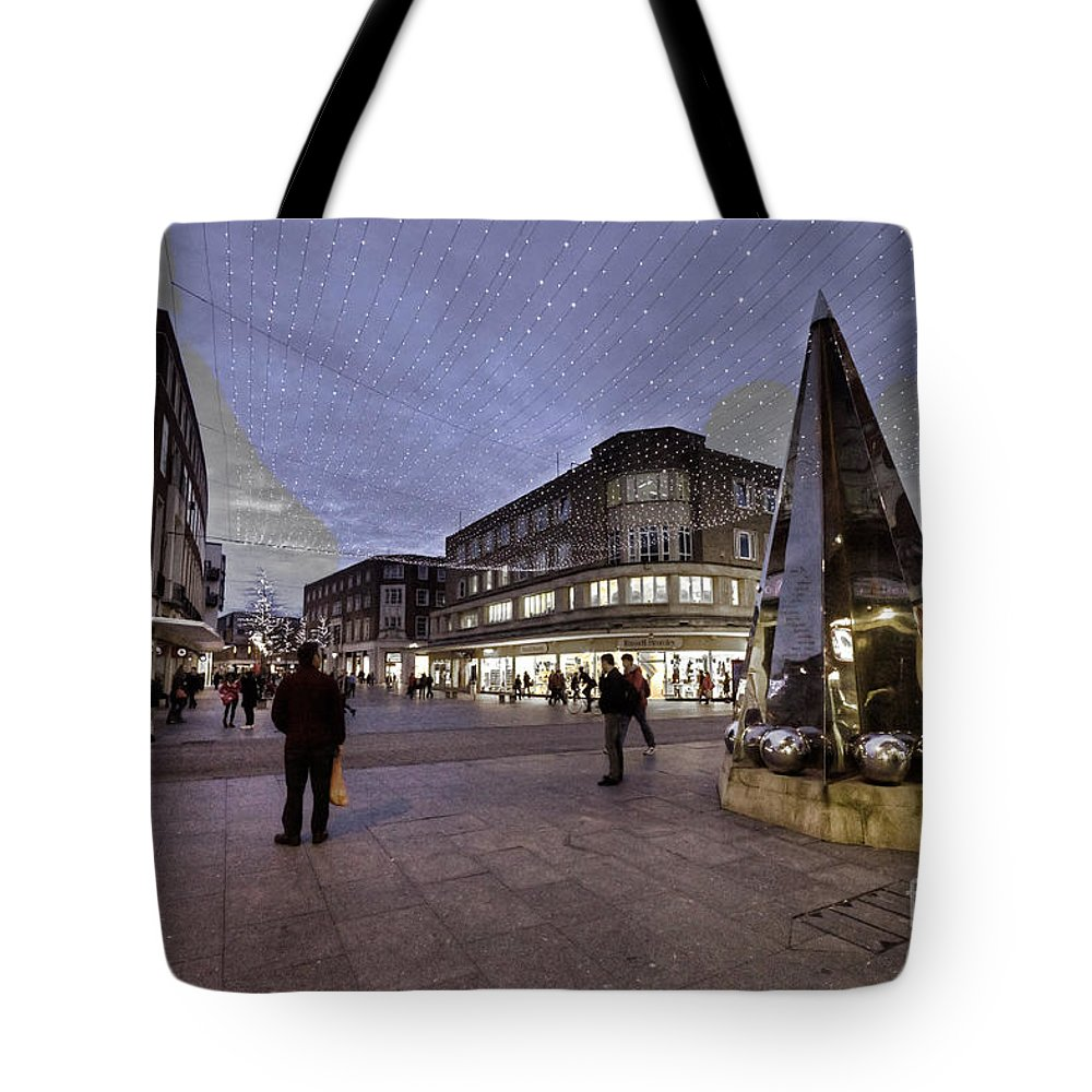 Exeter Tote Bag featuring the photograph The Pointy Thing by Rob Hawkins