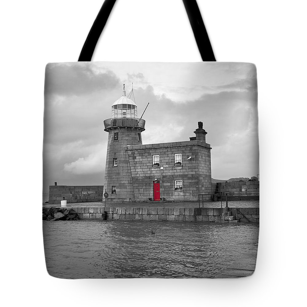 Howth Tote Bag featuring the photograph The Red Door by Thomas Glover