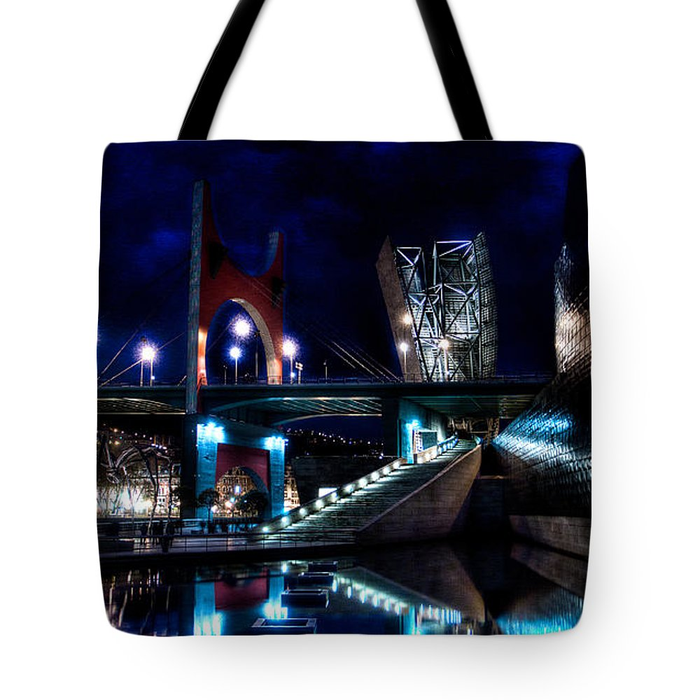 Guggenheim Museum Tote Bag featuring the photograph The Riverside Pool Of The Guggenheim Museum In Bilbao Spain by Weston Westmoreland