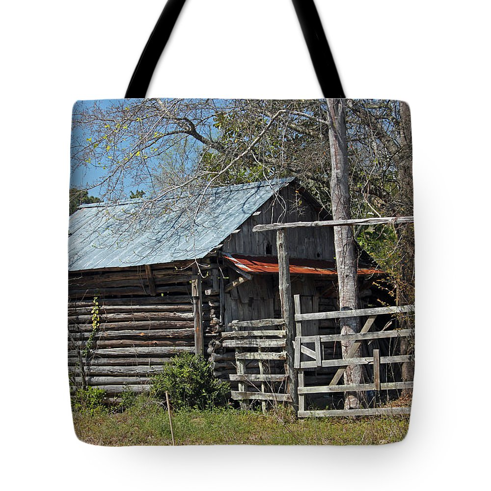 Rural Tote Bag featuring the photograph The Rural Life IIi by Suzanne Gaff