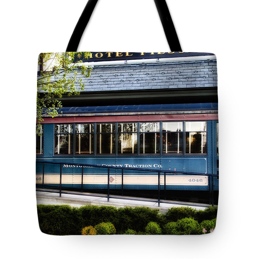 Trolley Tote Bag featuring the photograph The Trolley Stop - Hotel Fiesole by Bill Cannon