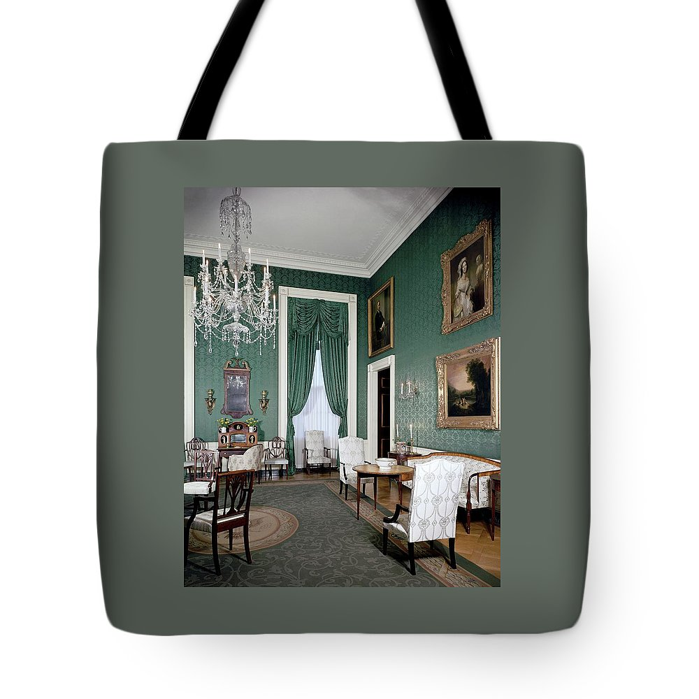 Antique Tote Bag featuring the photograph The White House Green Room by Tom Leonard
