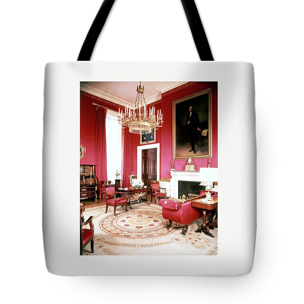 Home Tote Bag featuring the photograph The White House Red Room by Tom Leonard