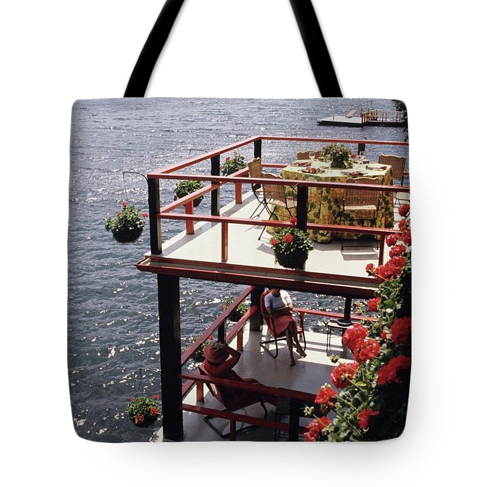 Home Tote Bag featuring the photograph The Wyker's Deck by Ernst Beadle