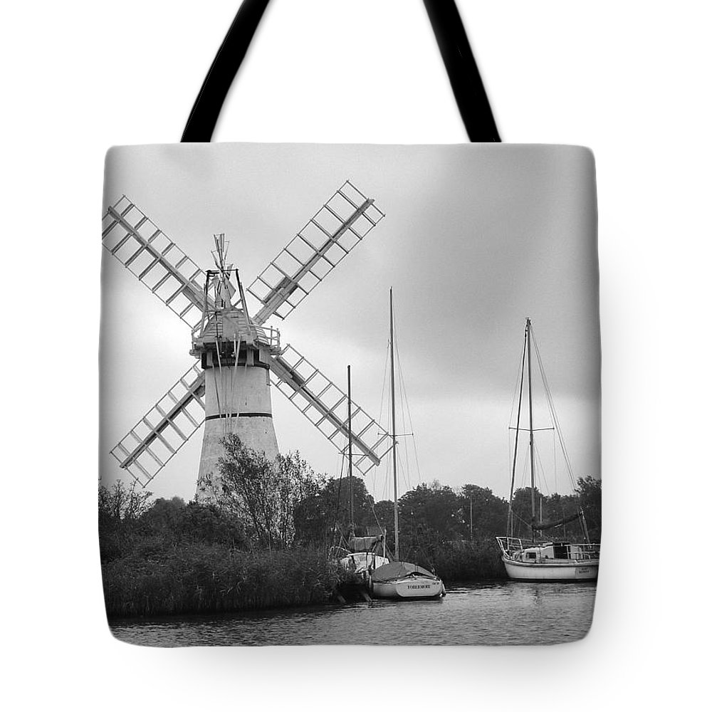 Thurne Windpump Ii Tote Bag featuring the photograph Thurne Windmill II by Phyllis Taylor