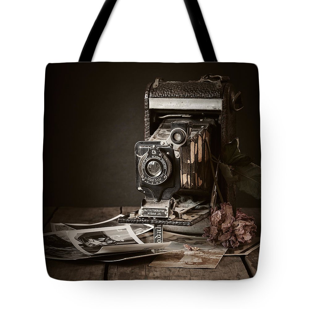 Camera Tote Bag featuring the photograph Timeless by Amy Weiss