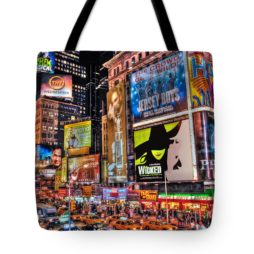 Manhattan Tote Bag featuring the photograph Times Square by Randy Aveille
