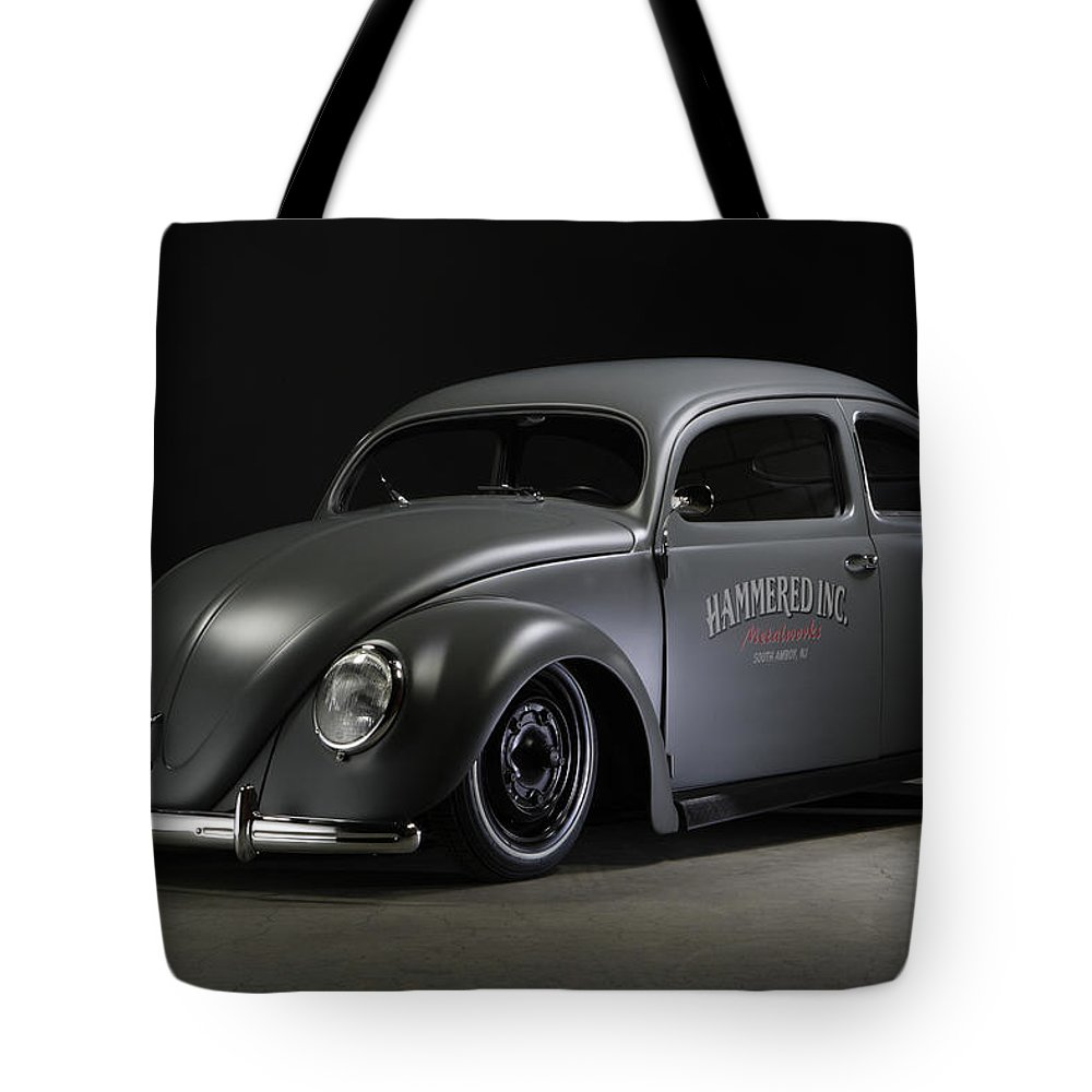 1/4 Mile Tote Bag featuring the photograph Top Chop 3 by Stefan Bau