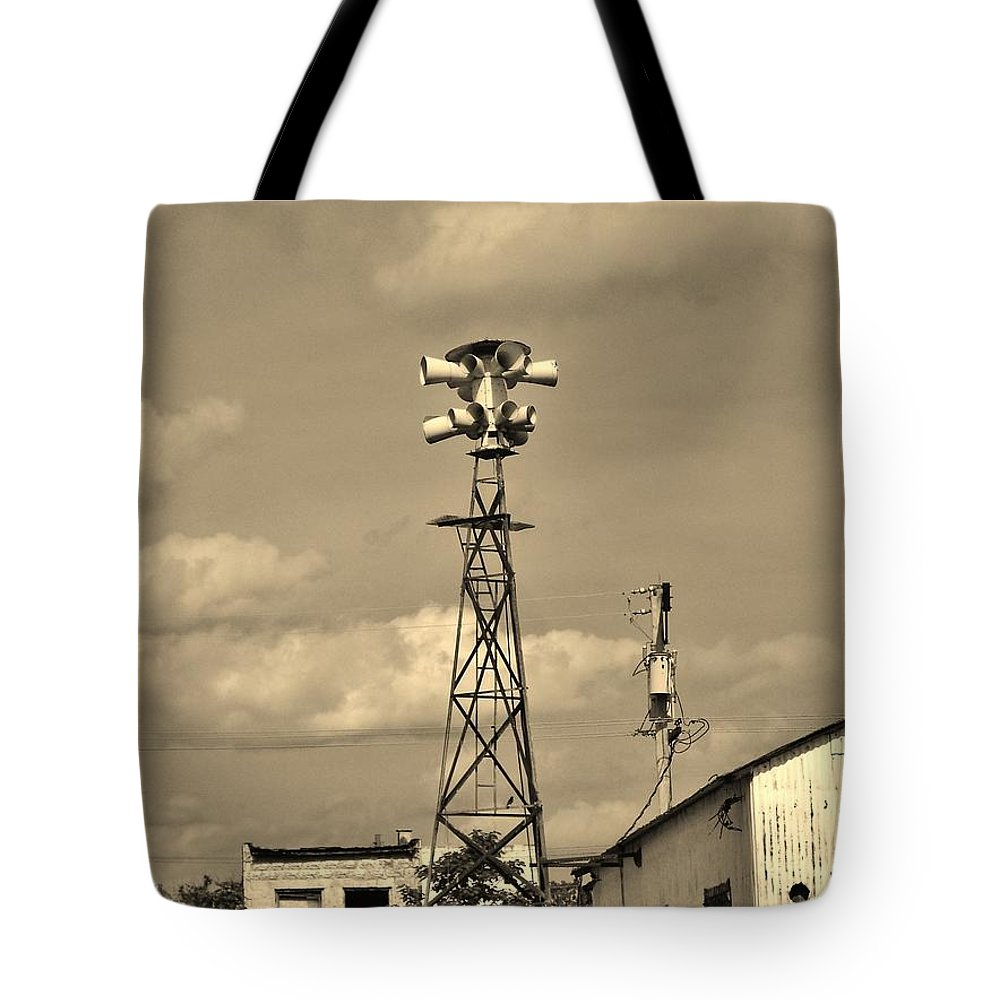 Picher Tote Bag featuring the photograph Tornado Siren In A Ghost Town by Ed Sweeney