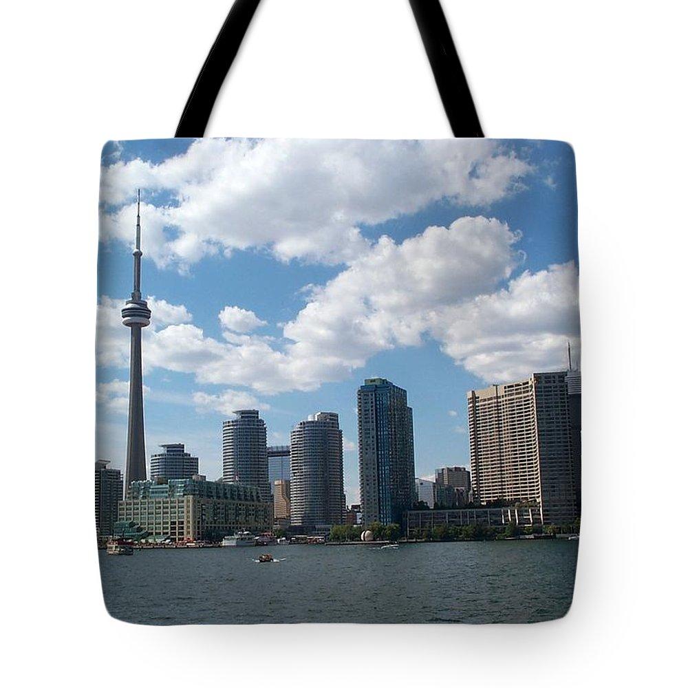 Toronto Tote Bag featuring the photograph Toronto Skyline by Barbara McDevitt