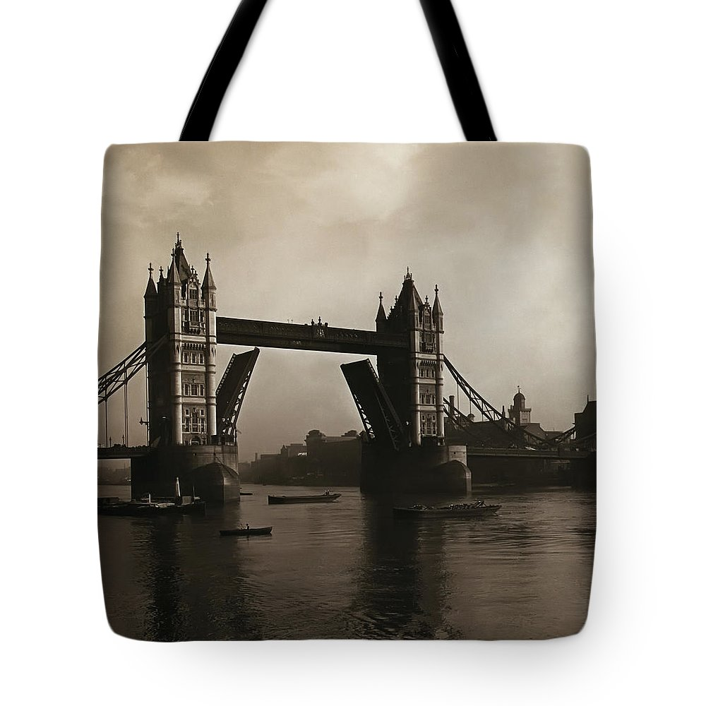 Tower Tote Bag featuring the photograph Tower Bridge London 1906 by Bill Cannon