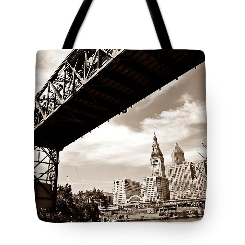 Cleveland Tote Bag featuring the photograph Tower City by Rachel Barrett