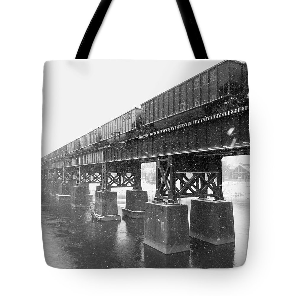 Train Tote Bag featuring the photograph Train On A Trestle by Gordon Cain