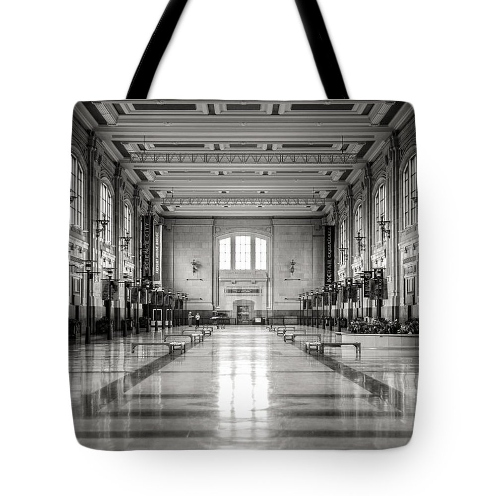 Train Station Tote Bag featuring the photograph Train Station by Sennie Pierson