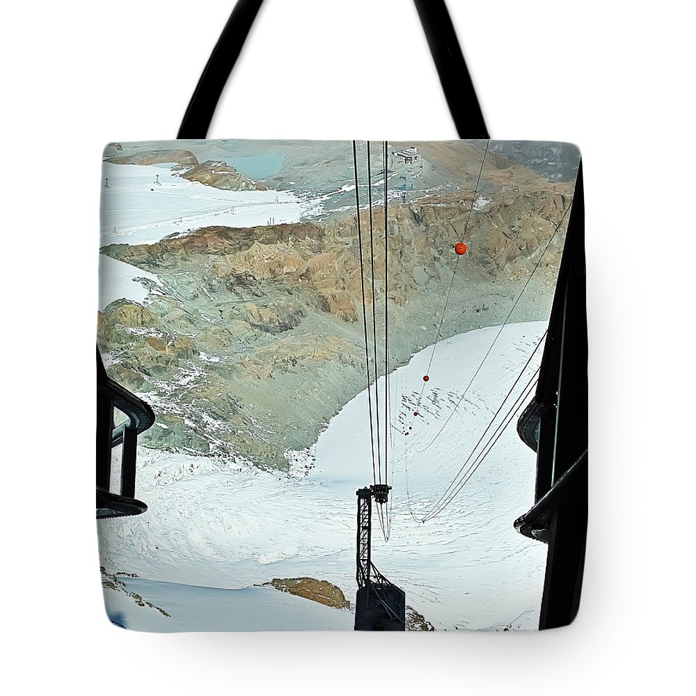 Travel Tote Bag featuring the photograph Traveling To The Top by Elvis Vaughn