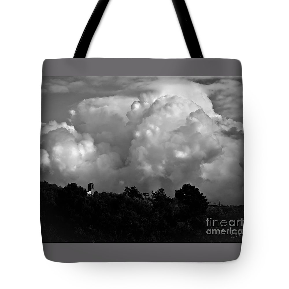 Italy Tote Bag featuring the photograph Tuscan Storm Rising From The Valley by Prints of Italy