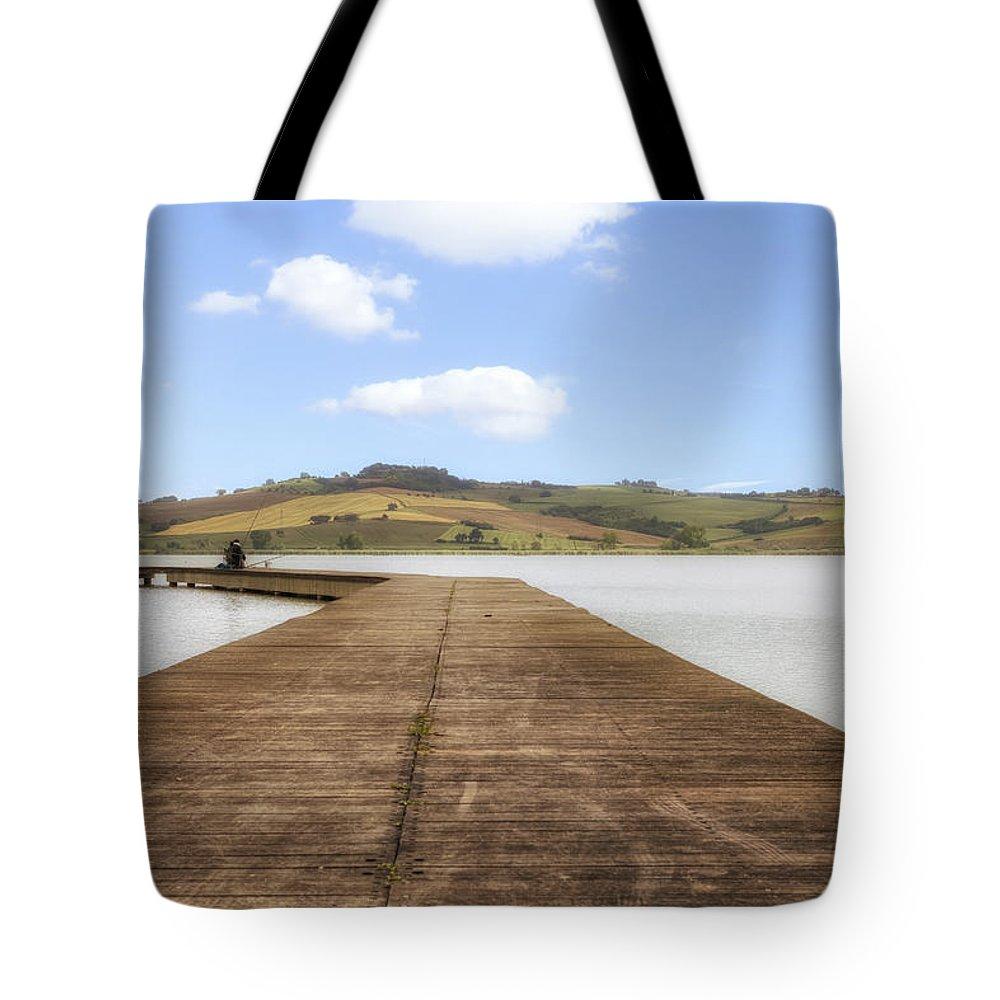 Lago Di Chiusi Tote Bag featuring the photograph Tuscany - Lago Di Chiusi by Joana Kruse
