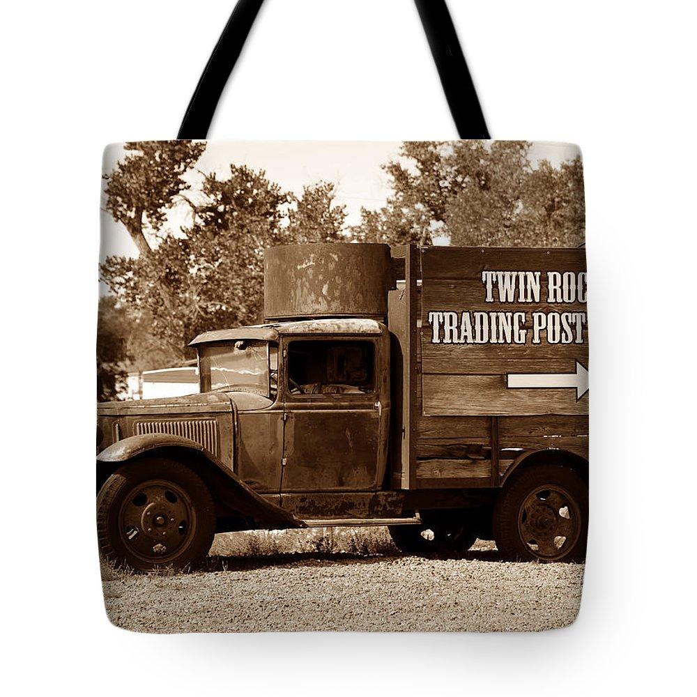 Twin Rocks Trading Post Utah Tote Bag featuring the photograph Twin Rocks Trading Post by David Lee Thompson