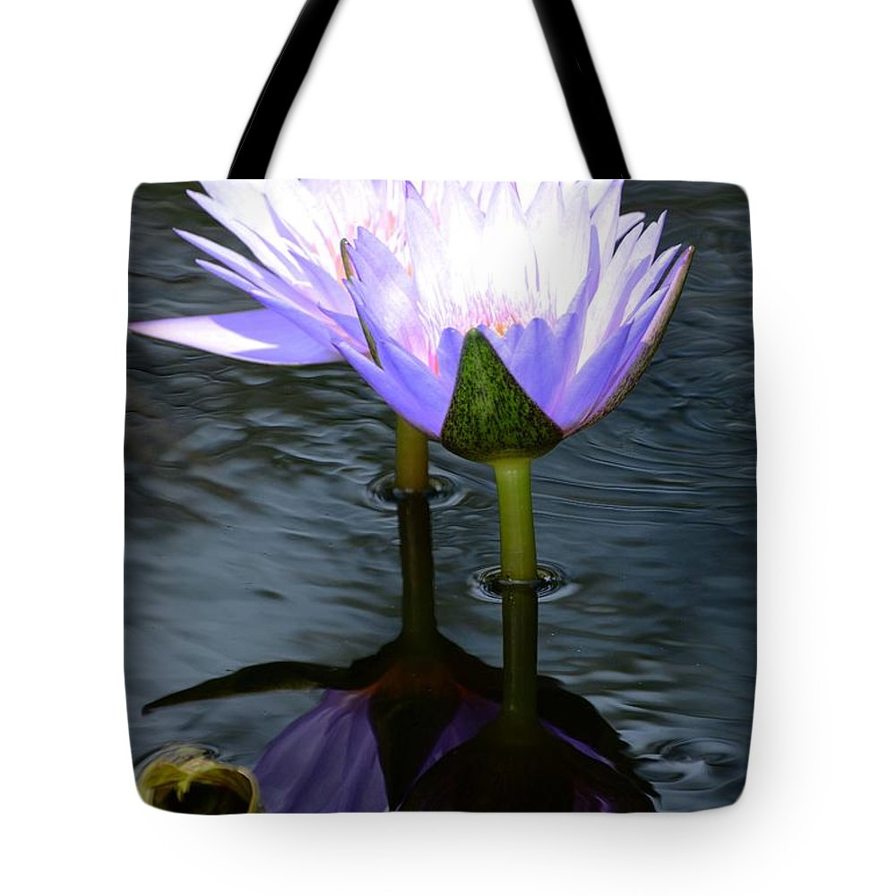 Flower Tote Bag featuring the photograph Two Lilies And A Heart by Cindy Manero