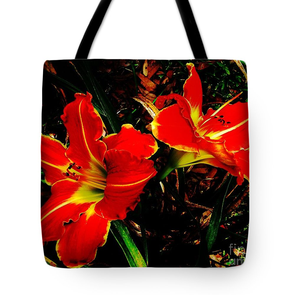 Red Tote Bag featuring the photograph Two Lilies by Lizi Beard-Ward