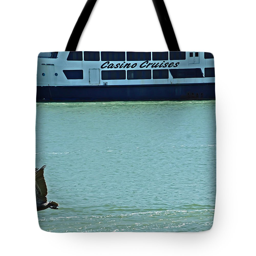 Florida Tote Bag featuring the photograph U Buy I Fly by Aimee L Maher ALM GALLERY