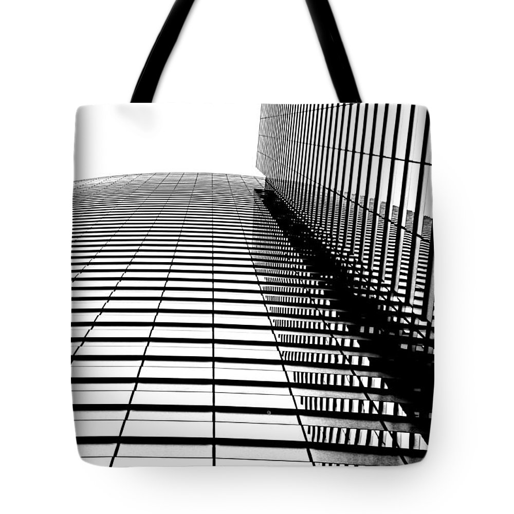 Building Tote Bag featuring the photograph Up Up And Away by Tammy Espino