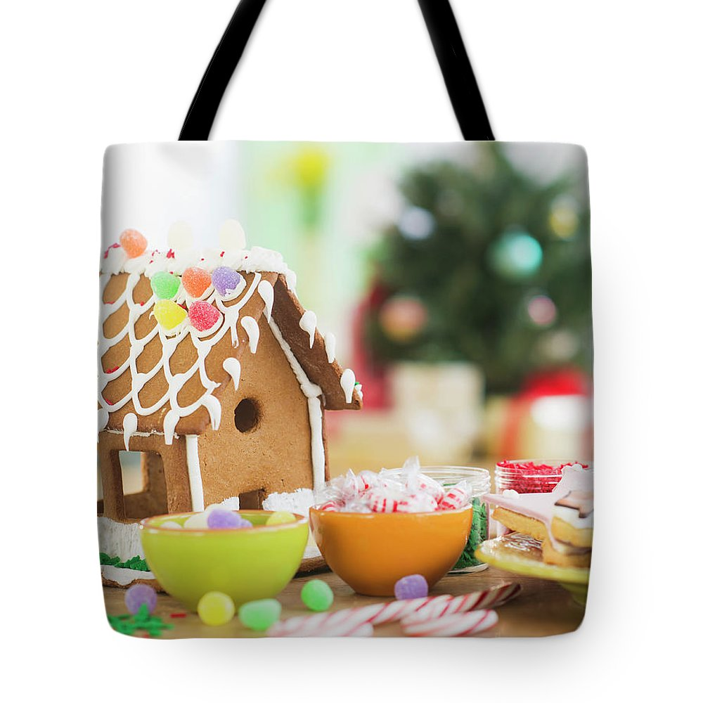 Christmas Ornament Tote Bag featuring the photograph Usa, New Jersey, Jersey City by Tetra Images - Daniel Grill