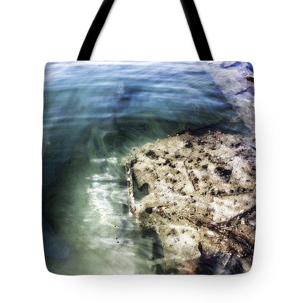 Uss Arizona Memorial Tote Bag featuring the photograph Uss Arizona Memorial- Pearl Harbor V8 by Douglas Barnard