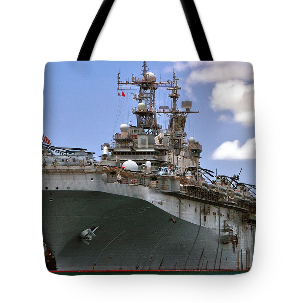Uss Peleliu Tote Bag featuring the photograph Uss Peleliu by Mitch Cat