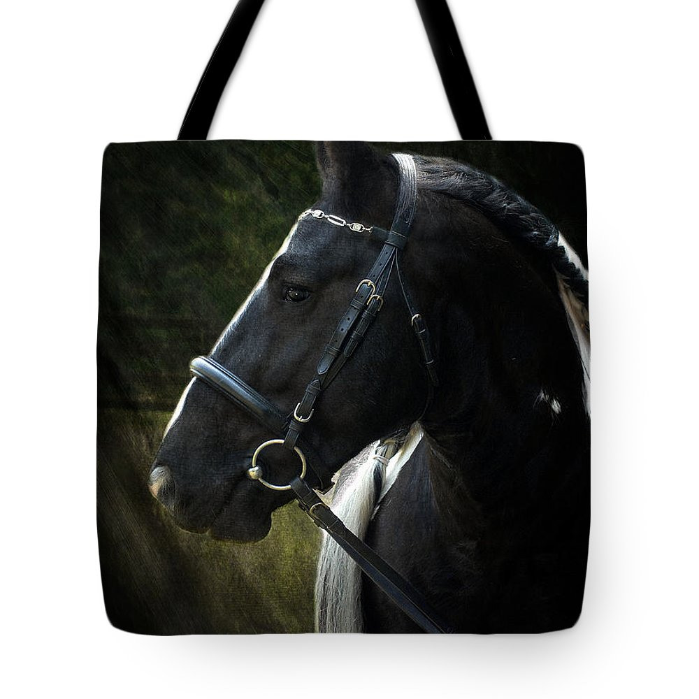 Horses Tote Bag featuring the photograph Val Headshot by Fran J Scott