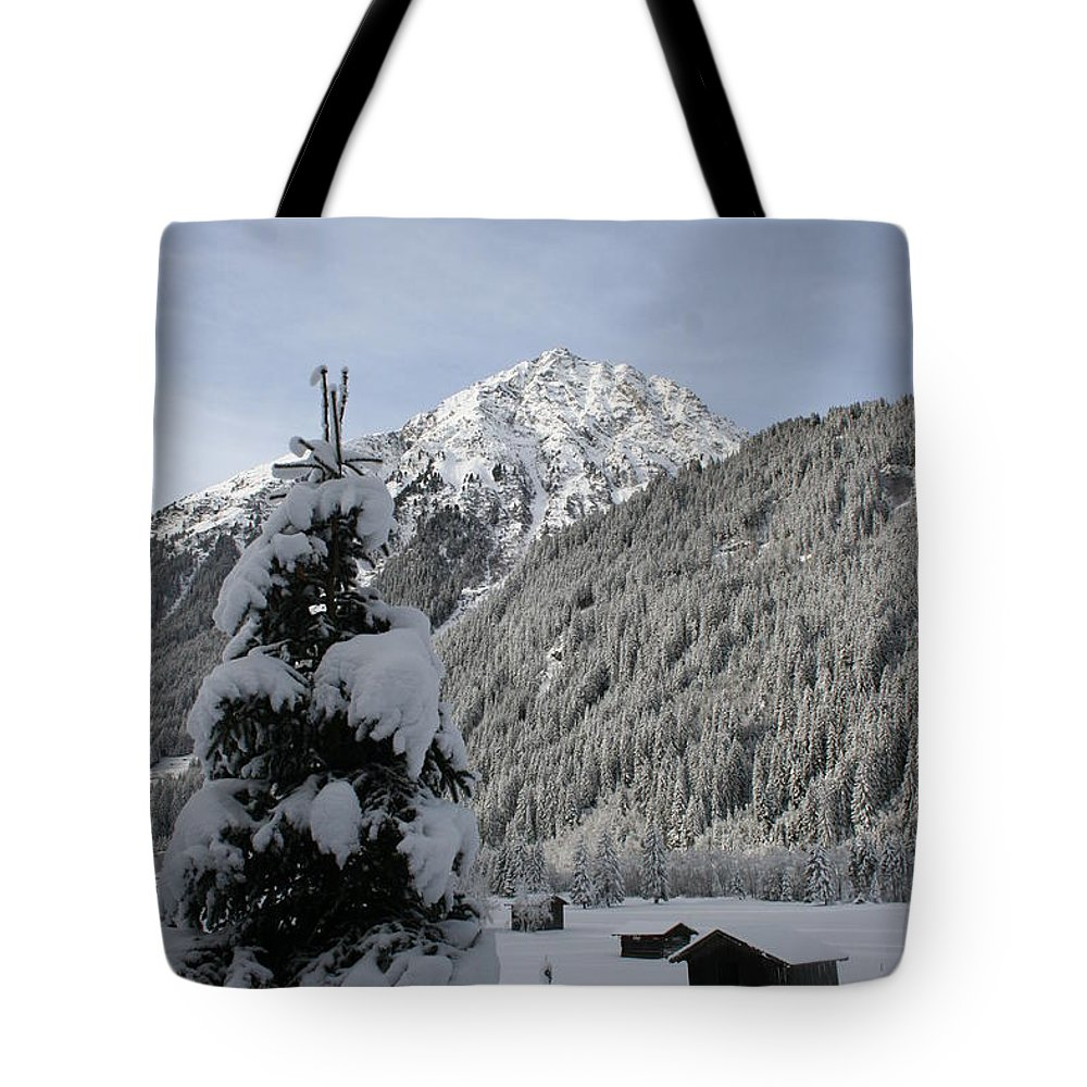 Snow Tote Bag featuring the photograph Valley In The Snow by Christiane Schulze Art And Photography