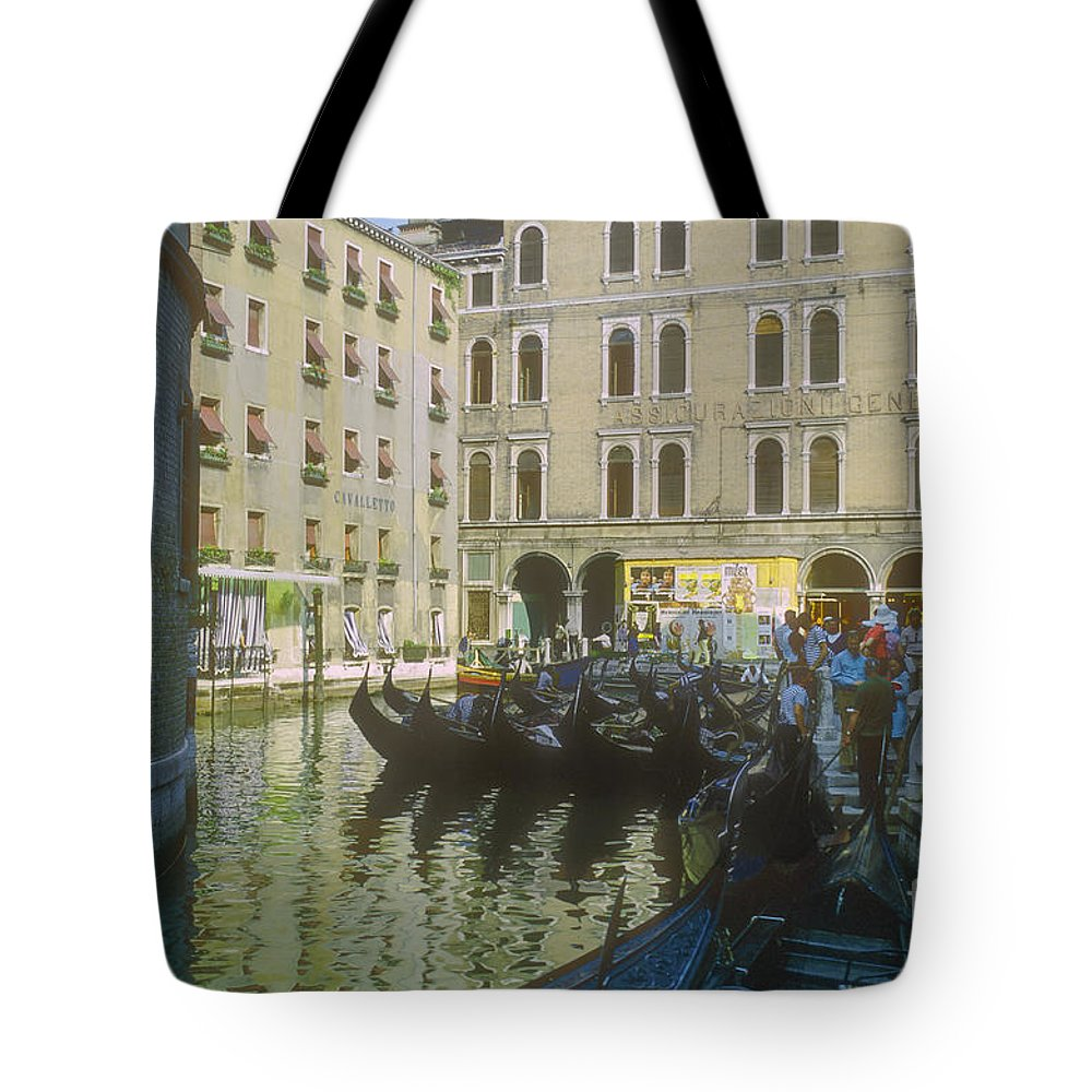 Venice Gondola Gondolas Canals Person Persons People Water City Cities Cityscape Cityscapes Water Boat Boats Building Buildings Structure Structures Italy Tote Bag featuring the photograph Venice Gondolas by Bob Phillips