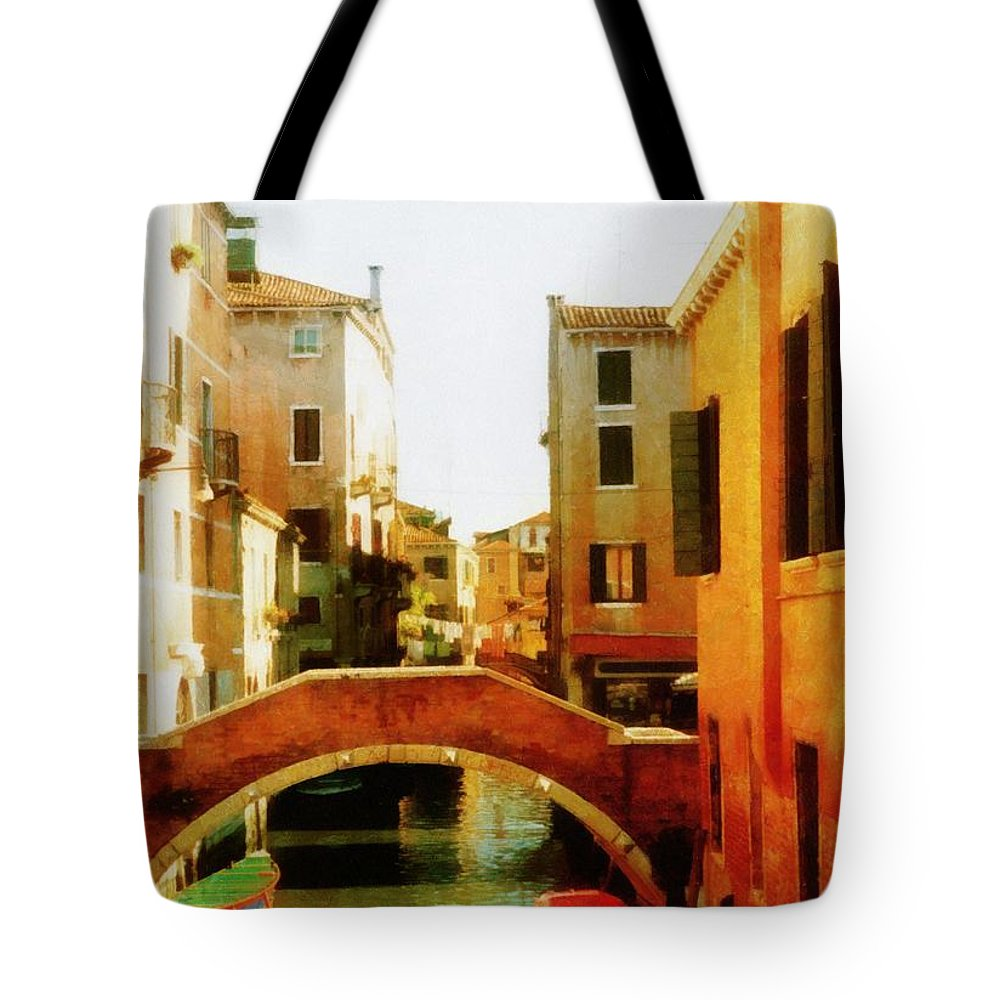 Venice Tote Bag featuring the photograph Venice Italy Canal With Boats And Laundry by Michelle Calkins