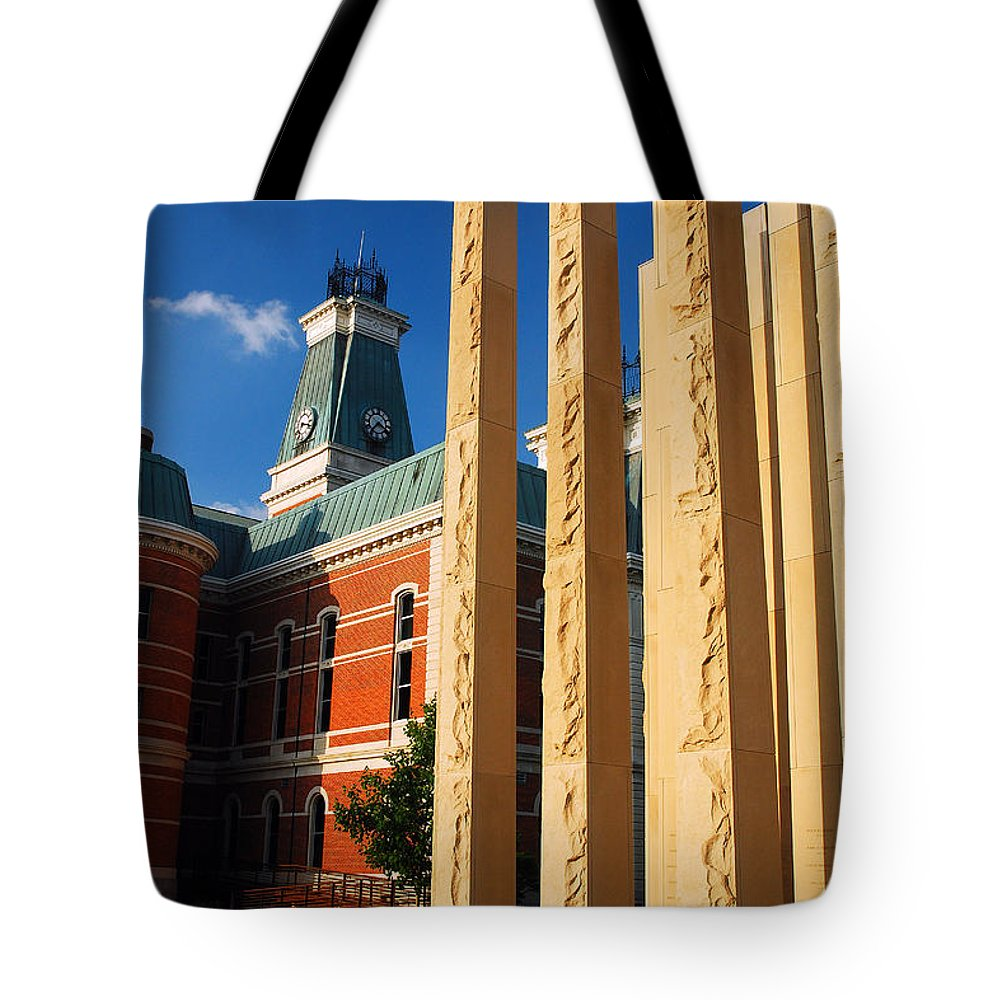 Columbus Tote Bag featuring the photograph Veterans Memorial by James Kirkikis