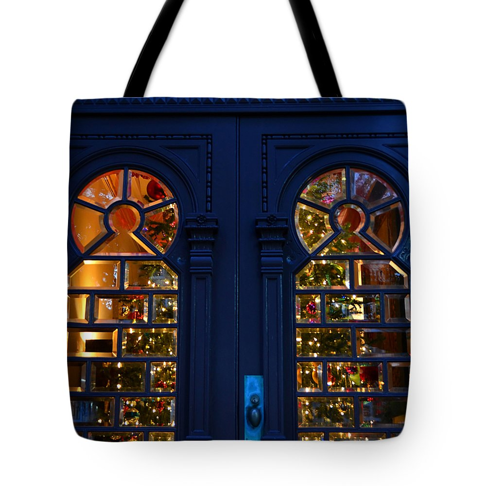 Christmas Tote Bag featuring the photograph Victorian Style Christmas by David Lee Thompson