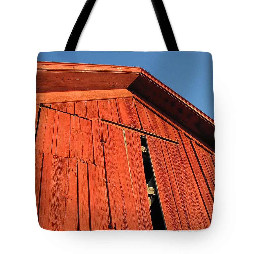 Barn Tote Bag featuring the photograph Vintage Barn Aglow by Ann Horn