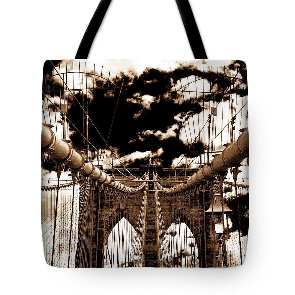 Vintage Brooklyn Bridge Tote Bag featuring the photograph Vintage Brooklyn Bridge by John Rizzuto