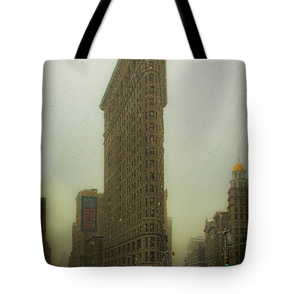 Flatiron Tote Bag featuring the photograph Vintage Flatiron In Winter by Chris Lord