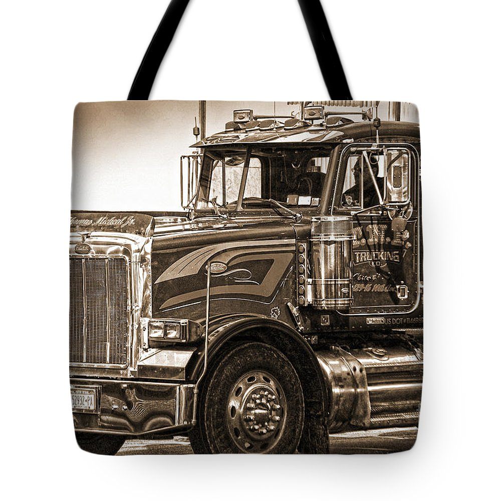 Vintage Tote Bag featuring the photograph Vintage Peterbilt Truck by RicardMN Photography