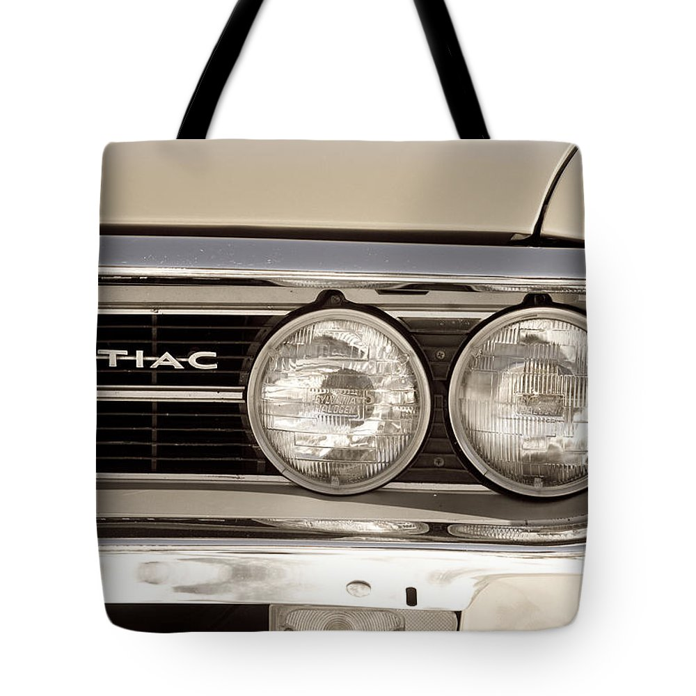 Automobiles Tote Bag featuring the photograph Vintage Pontiac Firebird 1967 Close Up by James BO Insogna