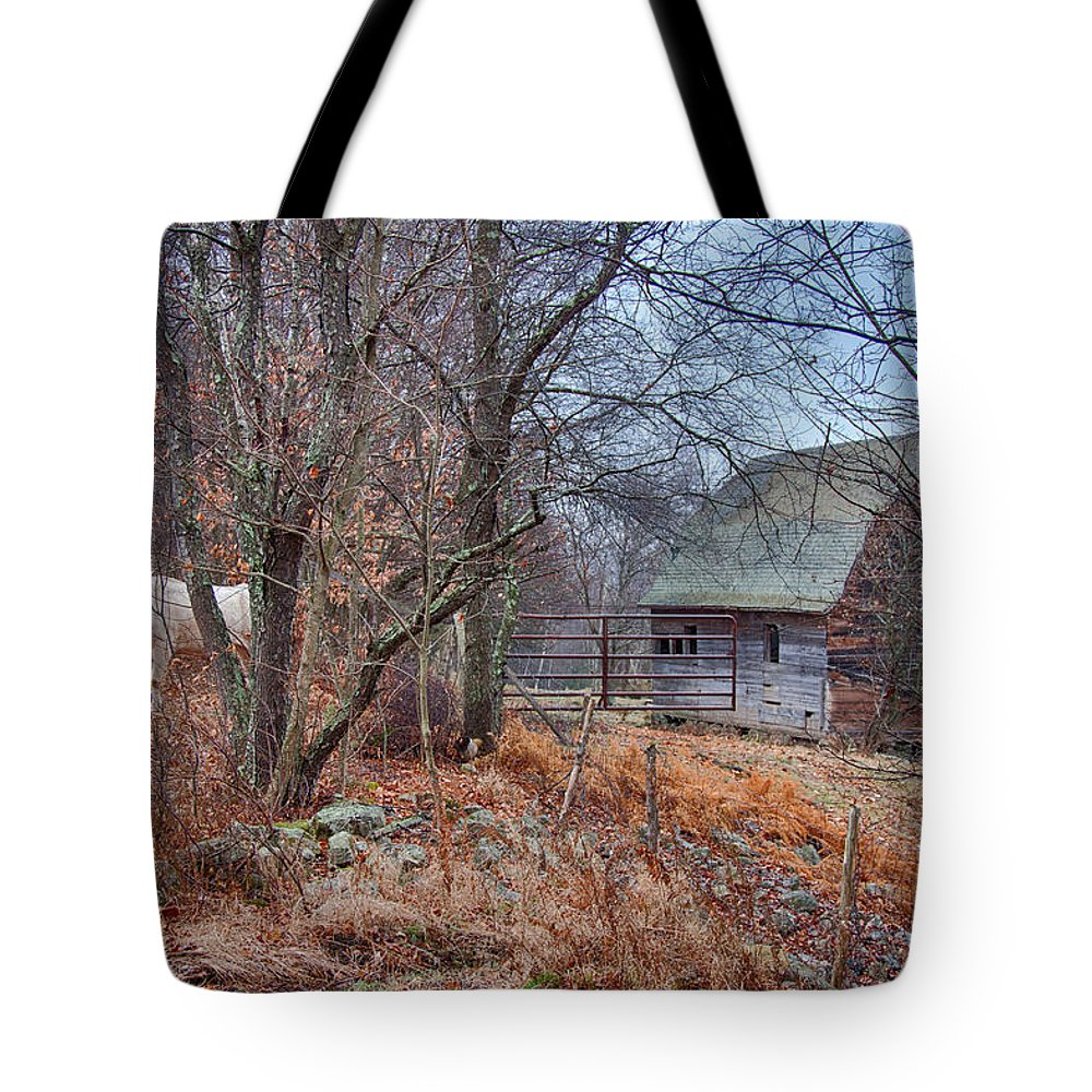 New England Barn Tote Bag featuring the photograph Waiting For Winter by Jeff Folger