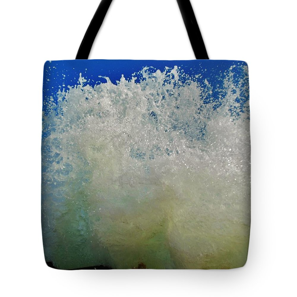 Mark Lemmon Cape Hatteras Nc The Outer Banks Photographer Subjects From Sunrise Tote Bag featuring the photograph Wall Of Water 6 10/1 by Mark Lemmon