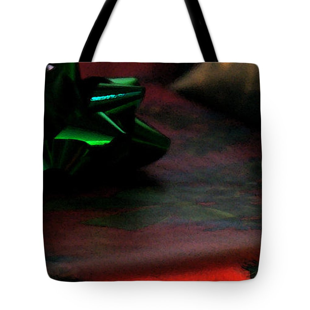 Christmas Tote Bag featuring the photograph Warm Wishes by Linda Shafer