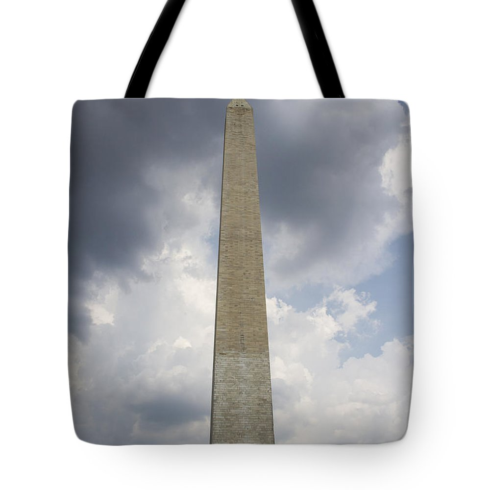 Washington Monument Tote Bag featuring the photograph Washington Monument 1 by Guy Shultz