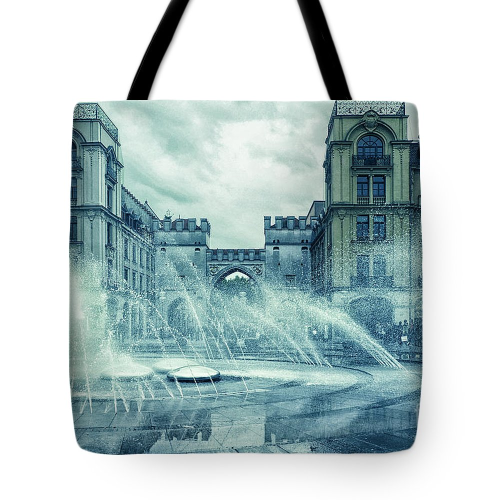Photo Tote Bag featuring the photograph Water In The City by Jutta Maria Pusl