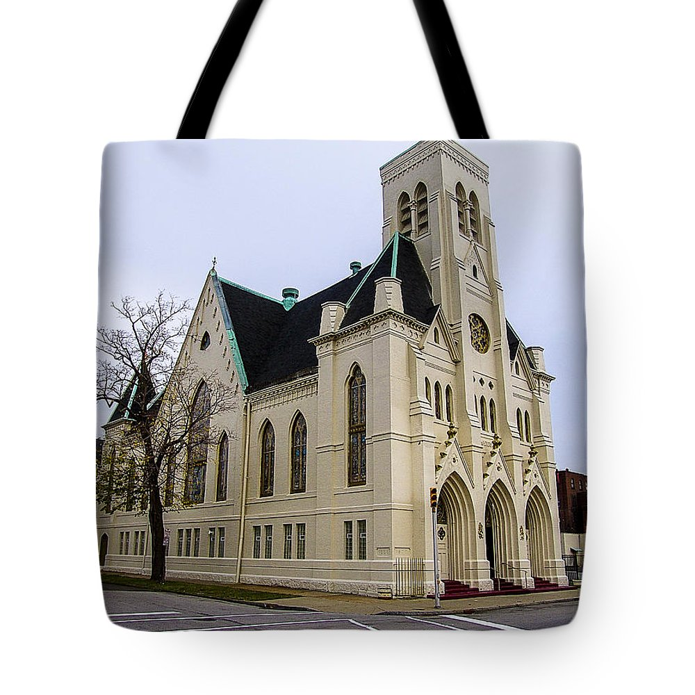 Cathedral Tote Bag featuring the photograph White Cathedral by Eric Swan
